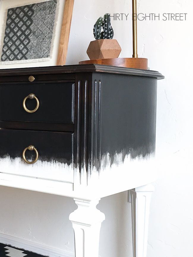 Dry Brush Painting Technique That Makes Furniture Look Like Art Relooking De Mobilier Meuble Relooking Meuble