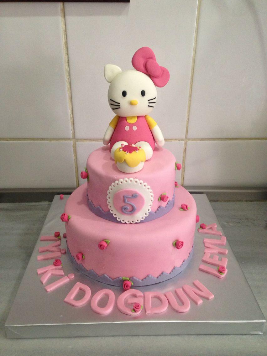 Hello kitty birthday cake car minicooper pink cake patisserie