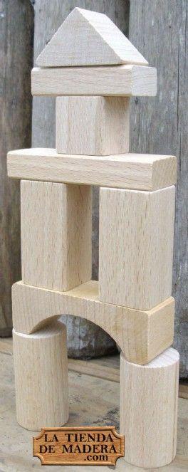 Juego de construcción con piezas de madera