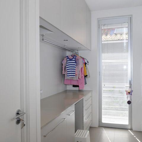 DECORATIVE CLOTHES ROD
