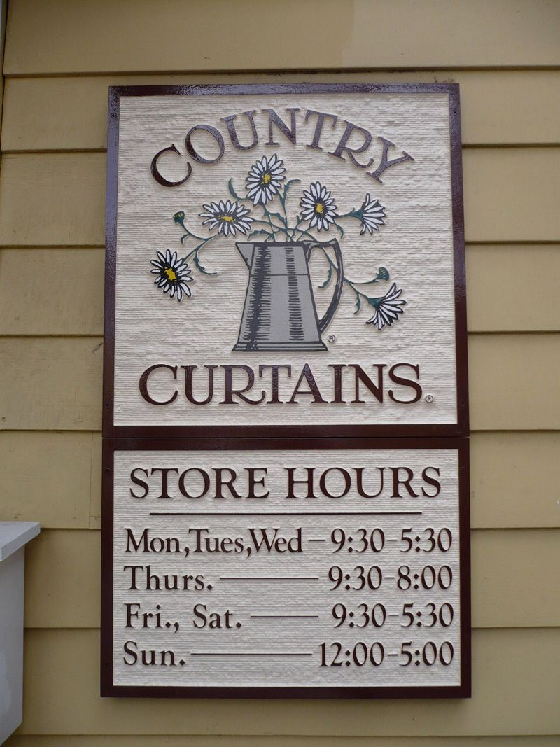 Country Curtains Sandblasted Extira Far Hills Nj Retail Signs