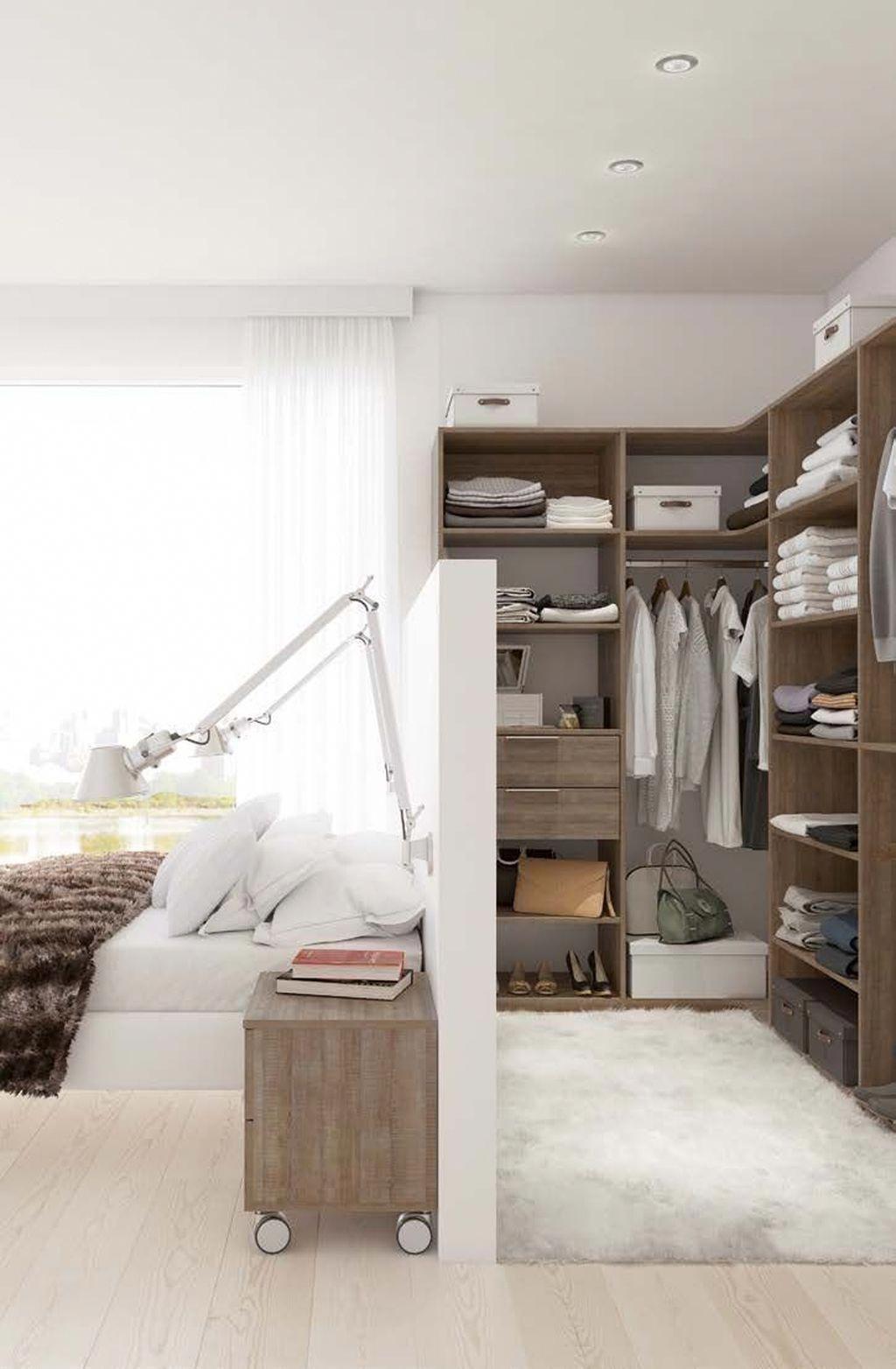 44 Creative Small Bedroom Decor Ideas Easy To Apply Modernhomedecor Chambre A Coucher Avec Dressing Amenagement Petite Chambre Chambre Parentale Avec Dressing
