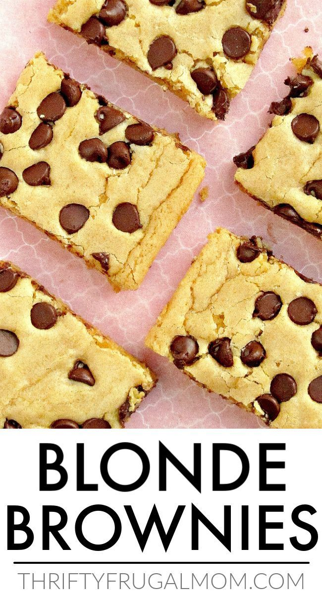 Blonde Brownies- the best chocolate chip cookie brownie recipe! These chewy Blonde Brownies are the