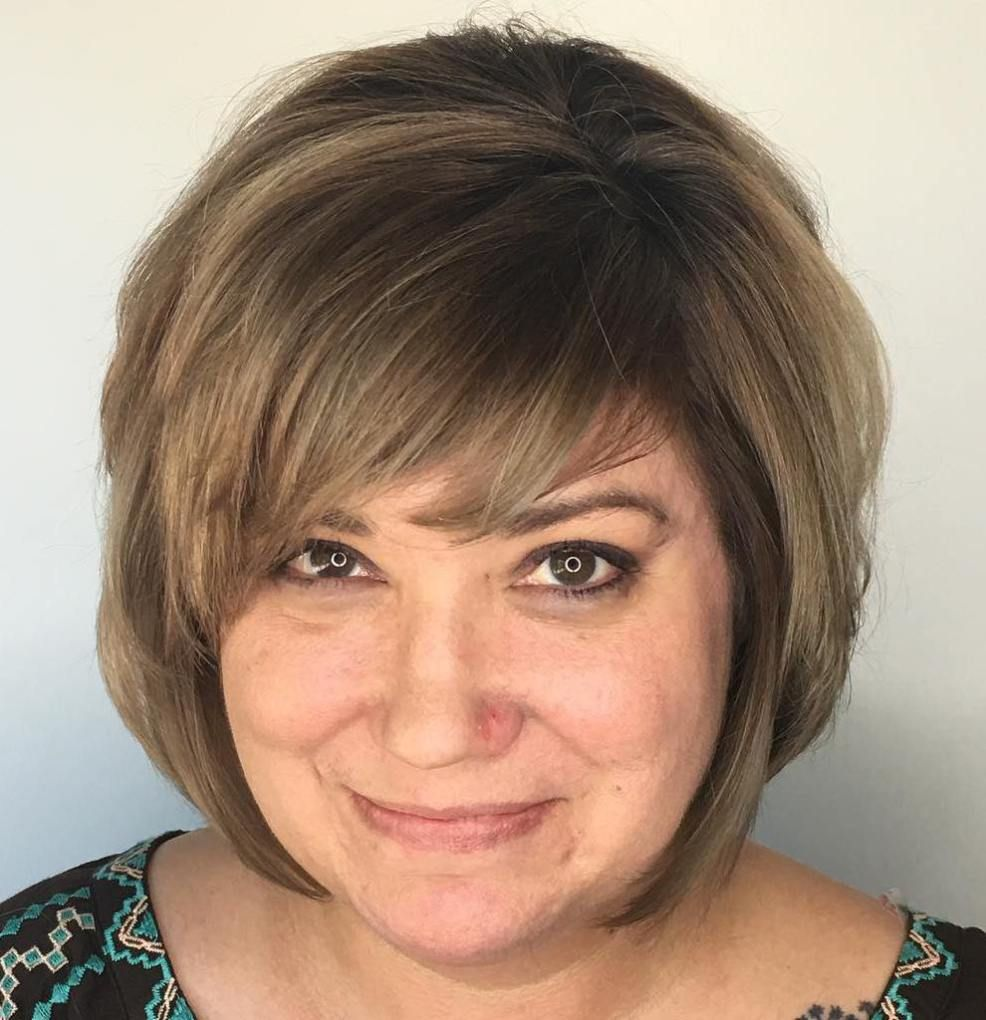 classy and simple short hairstyles for women over brown