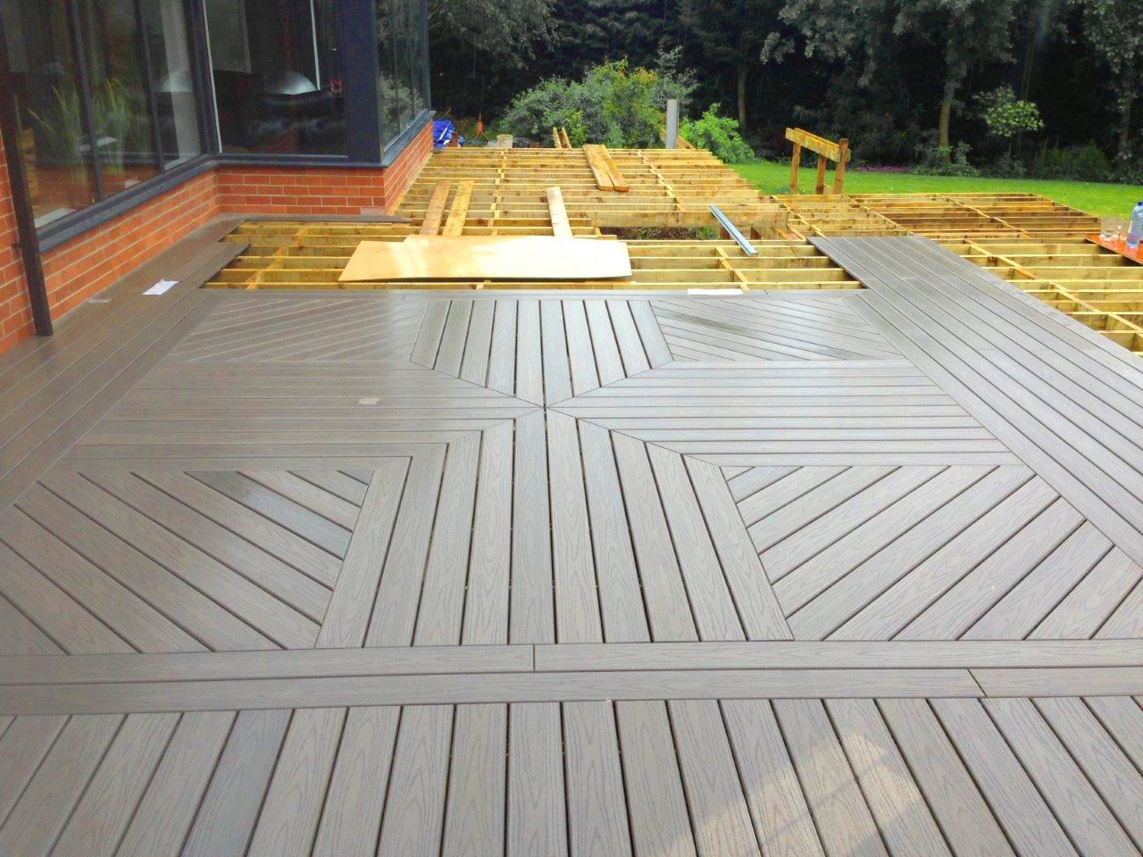 Dreaming Of An Outdoor Living Space That Showcases Your Personal Style Start With Your Deck Unique Patterns And Color Combina Deck Deck Patterns Azek Decking