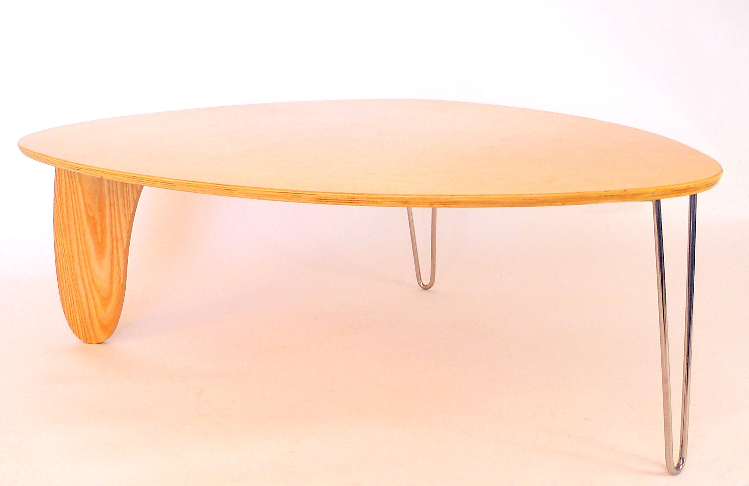ISAMU NOGUCHI RUDDER TABLE THIS IS A NOGUCHI RUDDER TABLE PRODUCED - Noguchi rudder table