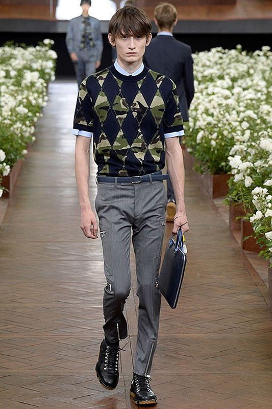 Preppy Military: Dior Homme Spring 2016 | Hint Fashion Magazine