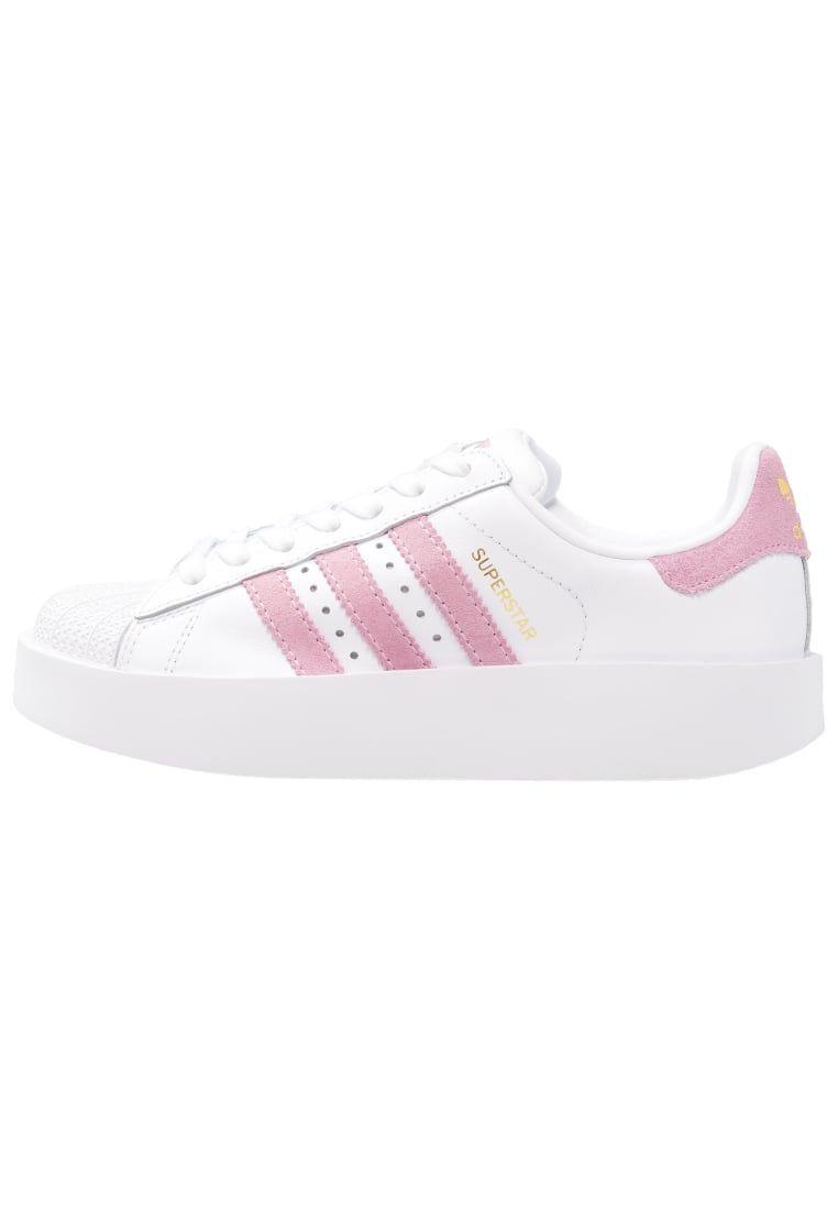 cheaper a4645 93f0b ¡Consigue este tipo de deportivas de Adidas Originals ahora! Haz clic para  ver los