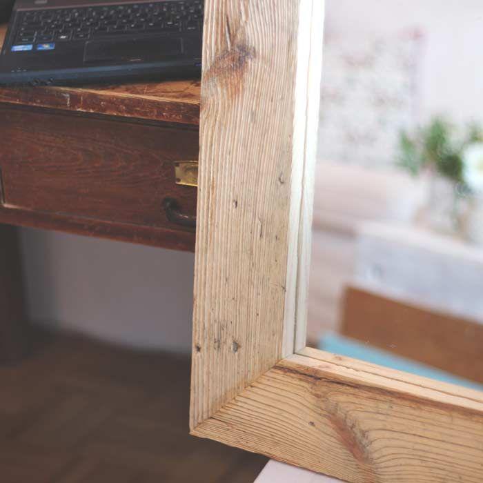 Ein Altholz Spiegel lockert dein Büro auf und bringt die Wärme der ...