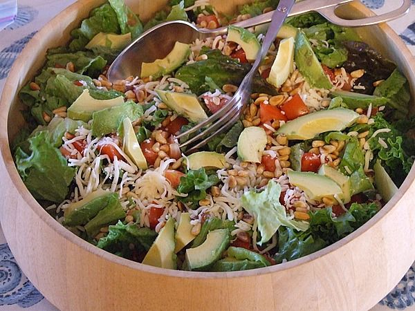 Avocado Pine Nut Salad