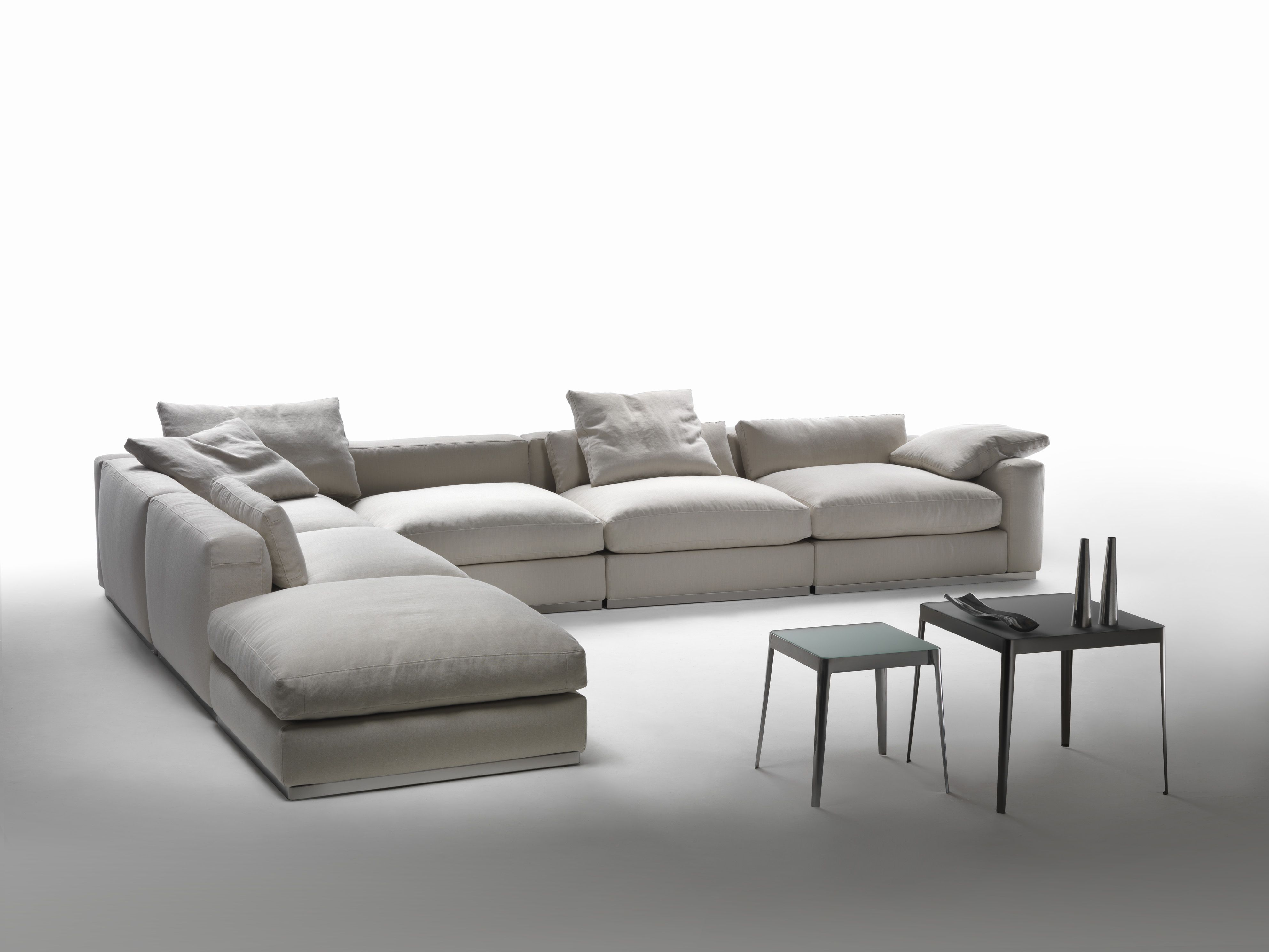 divano angolare componibile in tessuto collezione beauty