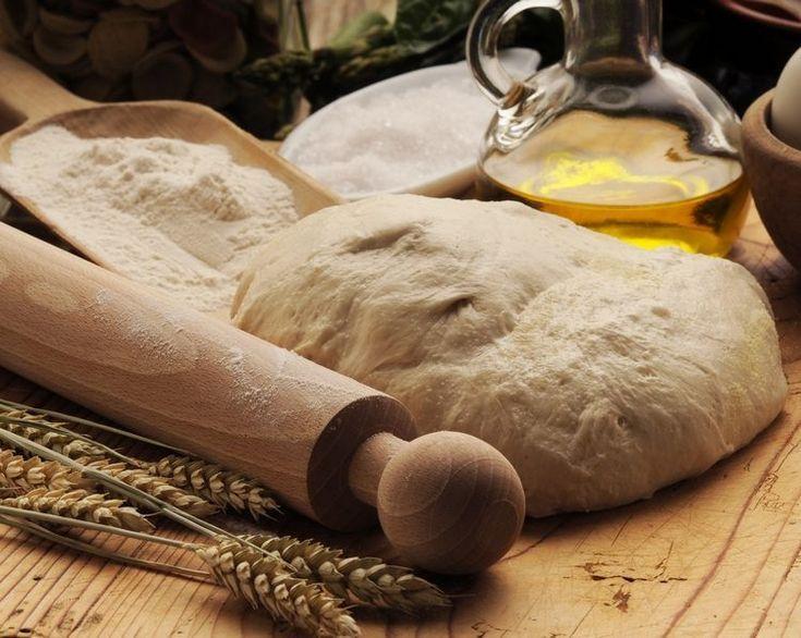 Italienisches Pizzateigrezept - Tipps, Zutaten, Kuriositäten -