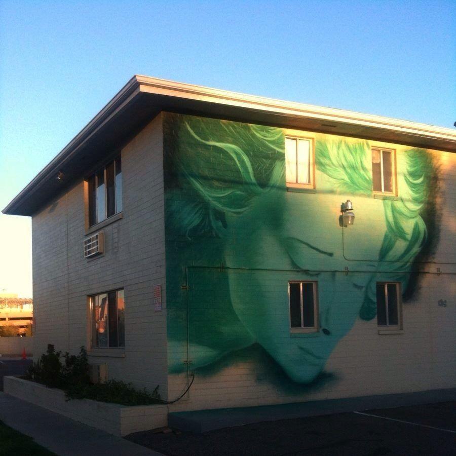 by Clyde Graffiti-art (USA)