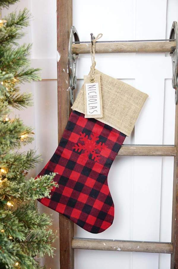 buffalo plaid christmas stockings red
