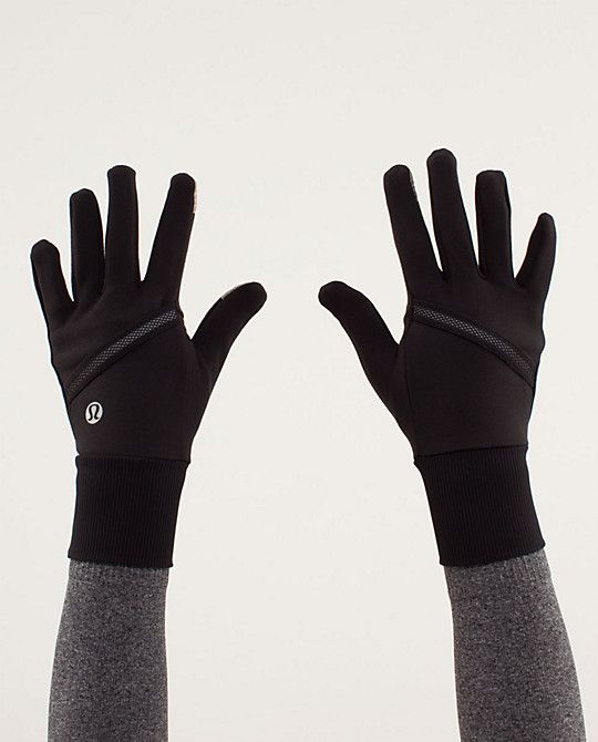 how to keep hands warm in winter