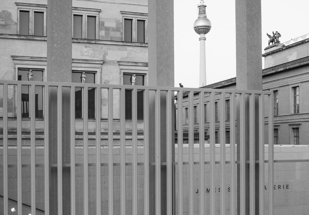 Marina Muller Auf Instagram Aussergewoehnlich Buntesberlin Berlinhighlights Berlinmitte Berlincity Spreeber In 2020 Museum Insel Berlin Fotos Berlin Highlights