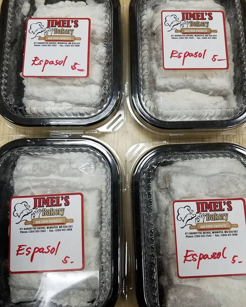 Filipino Espasol Is A Type Of Rice Cake Made Of Toasted Glutinous Rice Flour Cooked Low And Slow In Coco Best Filipino Recipes Cooking Flour How To Make Cake