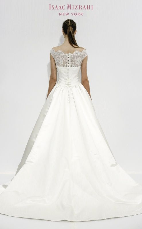 kleinfeld wedding dresses vintage | Isaac Mizrahi for Kleinfeld - Wedding Photo Gallery - mywedding.com