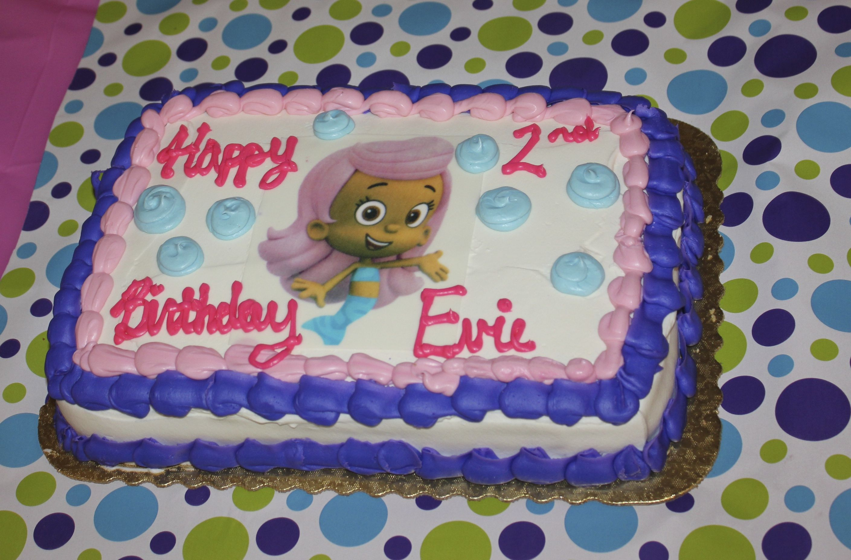I ordered the cake from wegmans it turned out great Evies