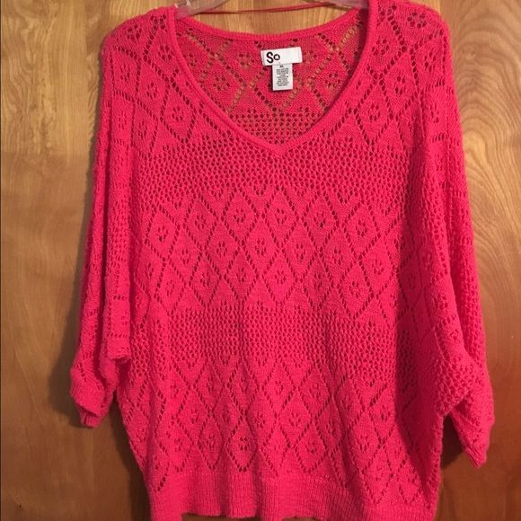 Like New Sonoma (SO)  Sweater Only been worn once or twice Sonoma Juniors Pink Sweater. This is a juniors size XLarge Looks brand new! SO Sweaters Crew & Scoop Necks