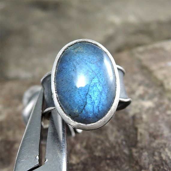 labradorite oval ring with labradorite adjustable by ZofiaGladysz