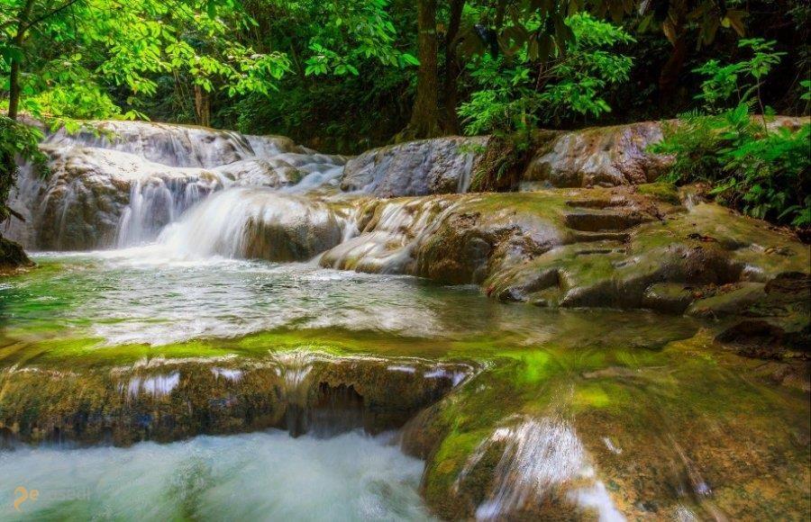 Меле-Кэскейдз. – #Вануату (#VU) Каскад водопадов разной величины, но все великолепны  ↳ http://ru.esosedi.org/VU/places/1000477333/mele_kyeskeydz_/