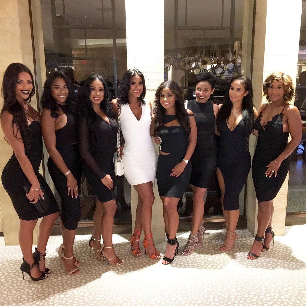 This Past Weekend Kevin Hart S Fiancee Eniko Flew All Her Gfs Via Private Jet To Miami For Bachelorette Party The Las Enjoyed Sun And Fun