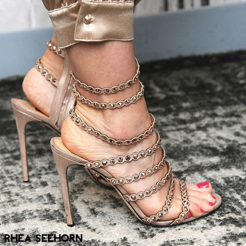"Celebrities Feet & Shoes 👣 👠 on Instagram: ""Rhea Seehorn (@rheaseehorn) #RheaSeehorn #RheaSeehorncfs #feets #prettyfeet #perfectfeet #instafeet #lovefeet #heelsaddict #feetstagram…"""