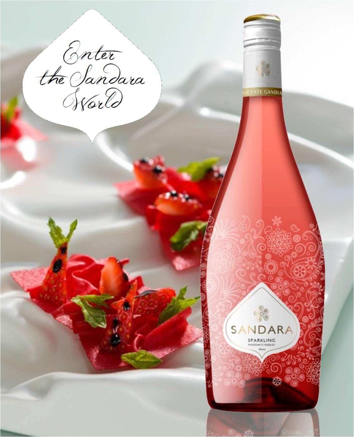 Sandara Rosado Un Vinoespumoso Bajo En Alcohol Elaborado Con Bobal Wine Bottle Rose Wine Bottle Alcohol
