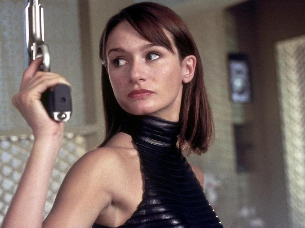 Young Emily Mortimer nude (93 foto and video), Ass, Cleavage, Selfie, braless 2006