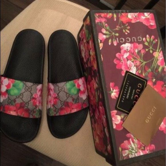 Authentic Gucci Blooms Slide I have two of each of the