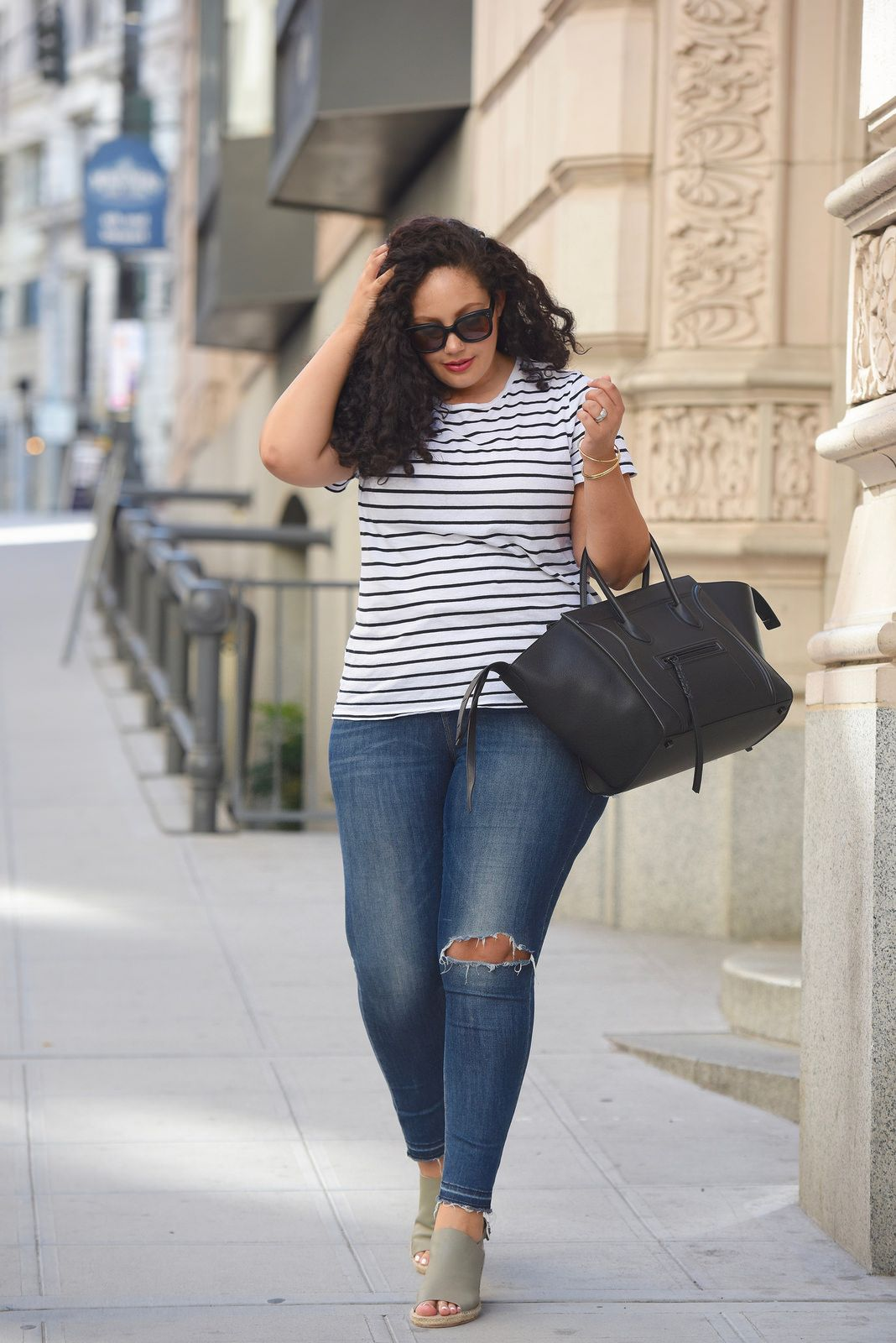Casual in Seattle   Distressed skinny jeans, Striped tee and ...