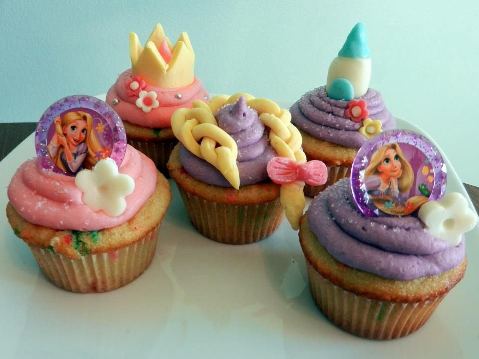 Rapunzel Themed Cupcakes Themed cupcakes, Rapunzel party