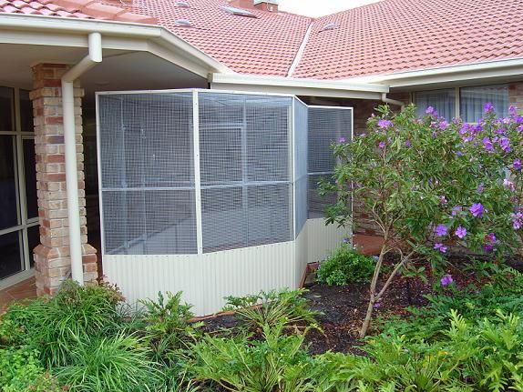 Conventional Freeform Aviary Under Patio Bird Cages, Terrace, Balcony,  Porch, Porch, - Conventional Freeform Aviary Under Patio Aviaries And Enclosures