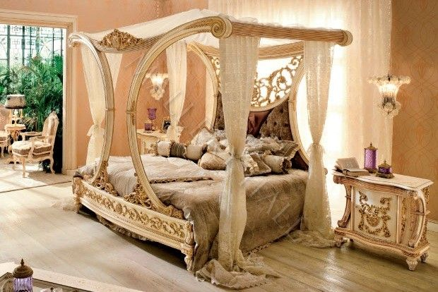Beautiful Royal Golden Cleopatra Canopy Bed Hand Carved Solid Mahogany Crystals Antique Bedroom Furnitureantique