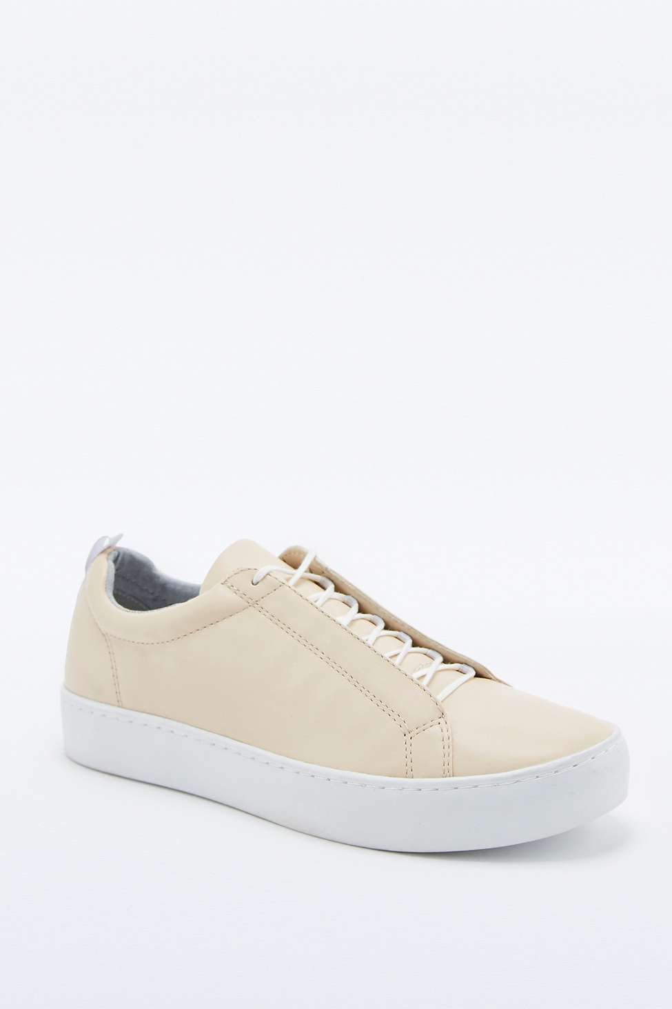 "5917120fbf5 Vagabond – Sneaker ""Zoe"" in Nude 