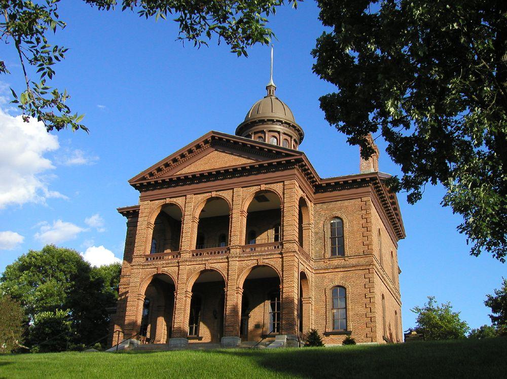 Washington County Historic Courthouse Stillwater MN Event VenuesWedding