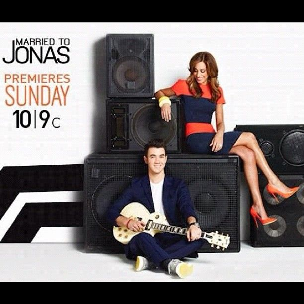 #marriedtojonas August 19th at 10!!!