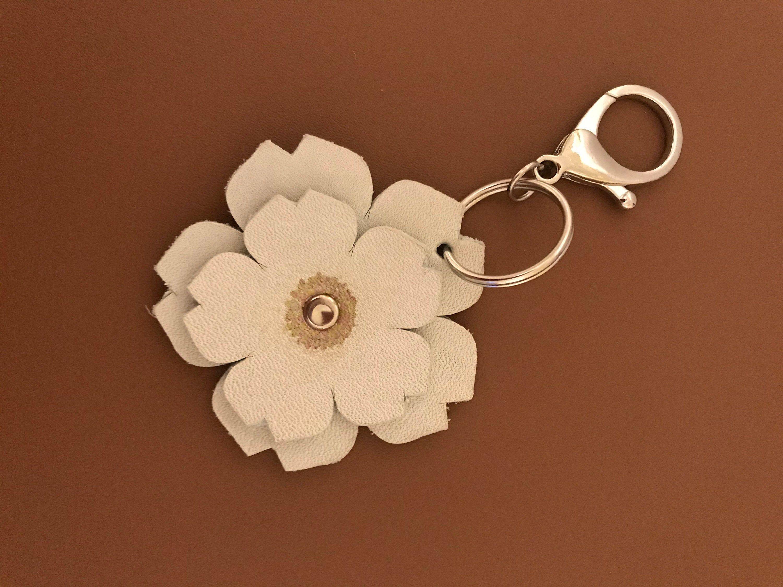 Leather keyring Leather flower keyring Leather key holder