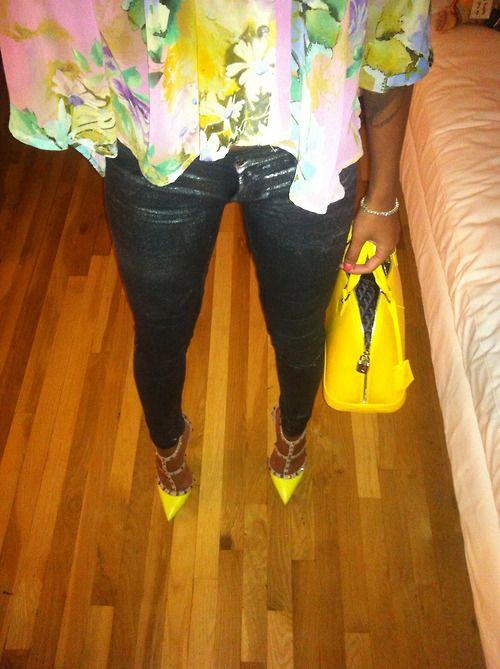 2920b56e1d4f2 Yellow Valentino rockstuds   Shoes I love   Pinterest   Effortless ...