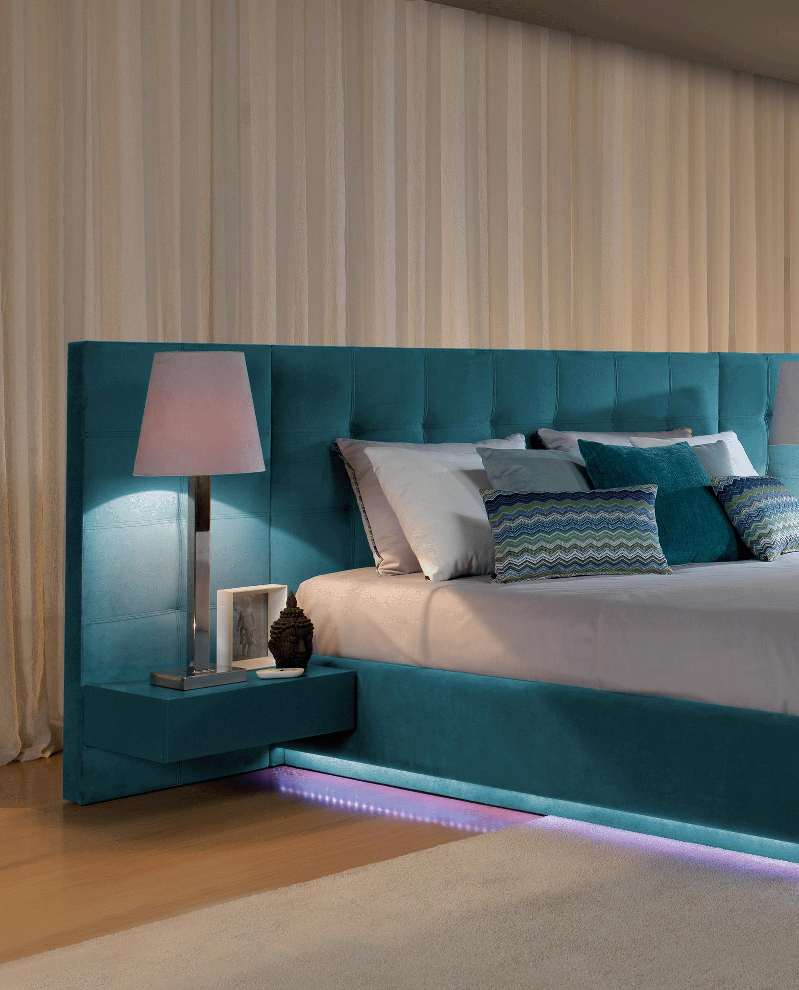 Dormitorio Con Cabecero En Tonalidades Grises Y Blancos Y  # Muebles Kazzano Que Opinion Teneis