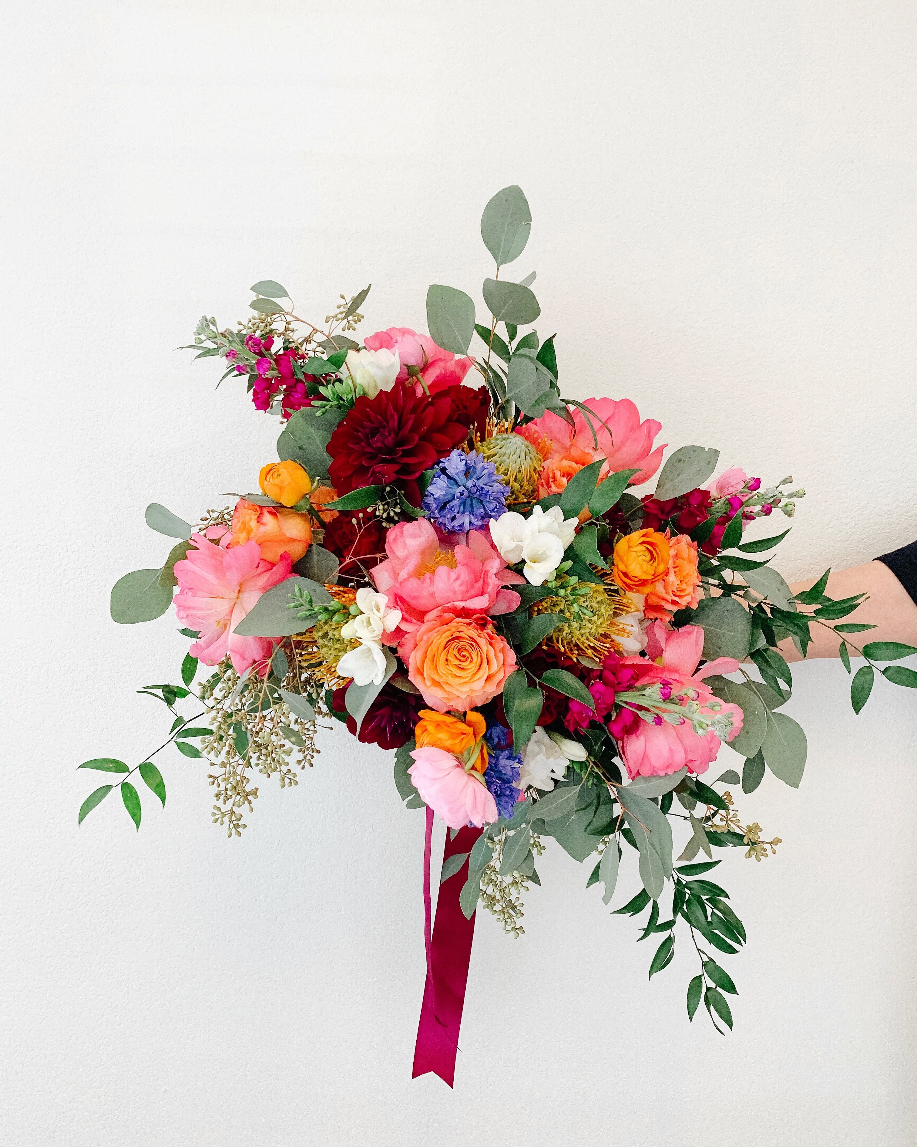 Pin by Alba Dahlia Floral on Our Floral Work Happy