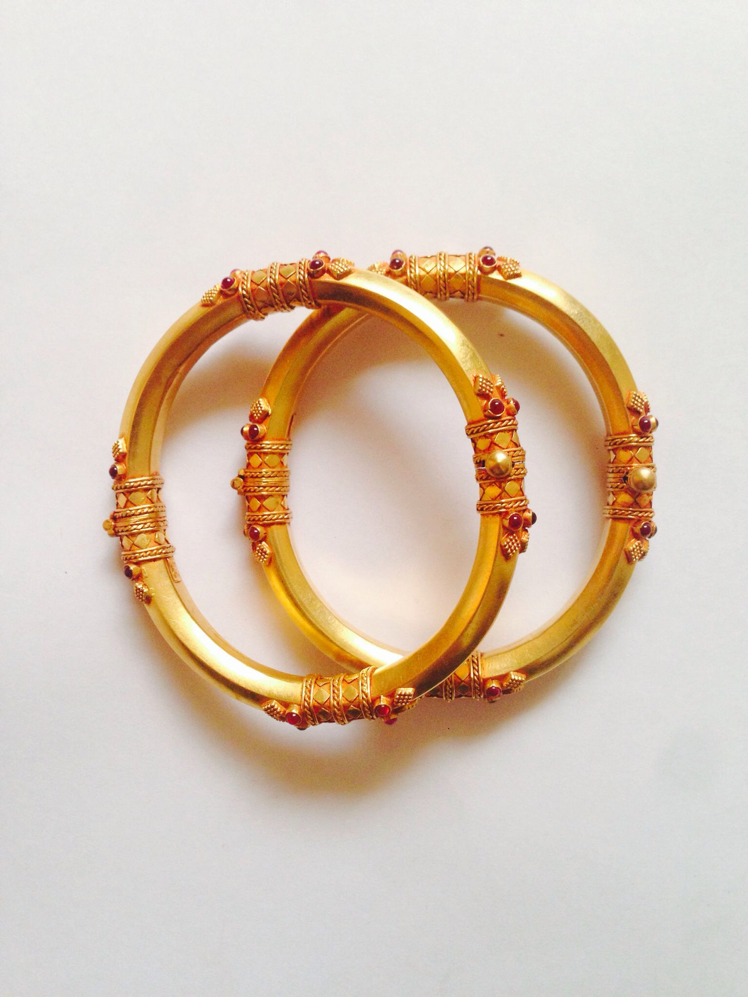 Antique Handmade Bangle | Bangles designs | Bangles, Gold ...
