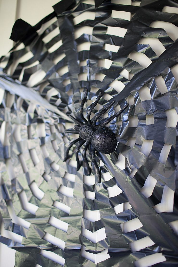 Trash Bag Spider Webs Easy Halloween Decorations Easy Halloween