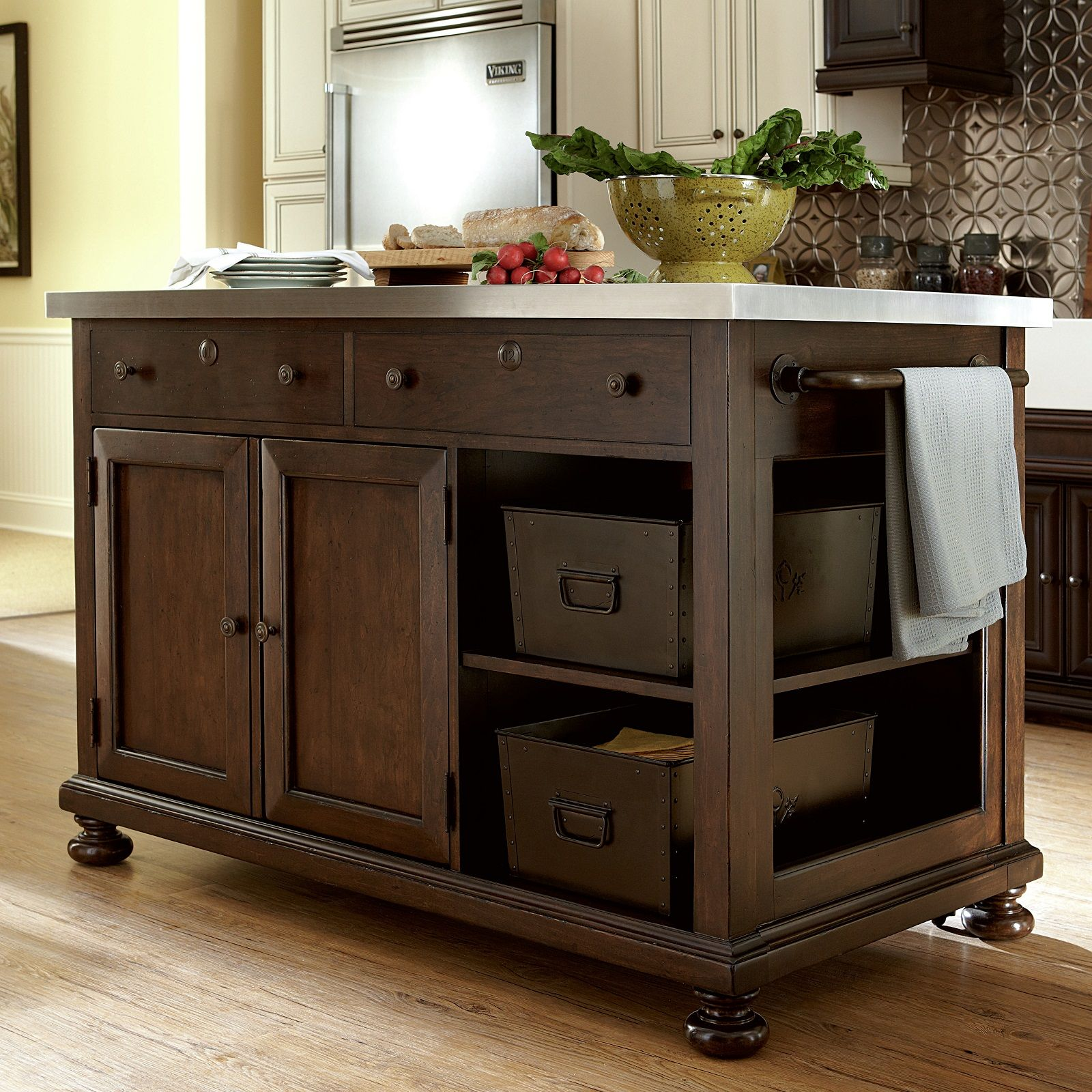 Best 15 Amazing Movable Kitchen Island Designs And Ideas 400 x 300