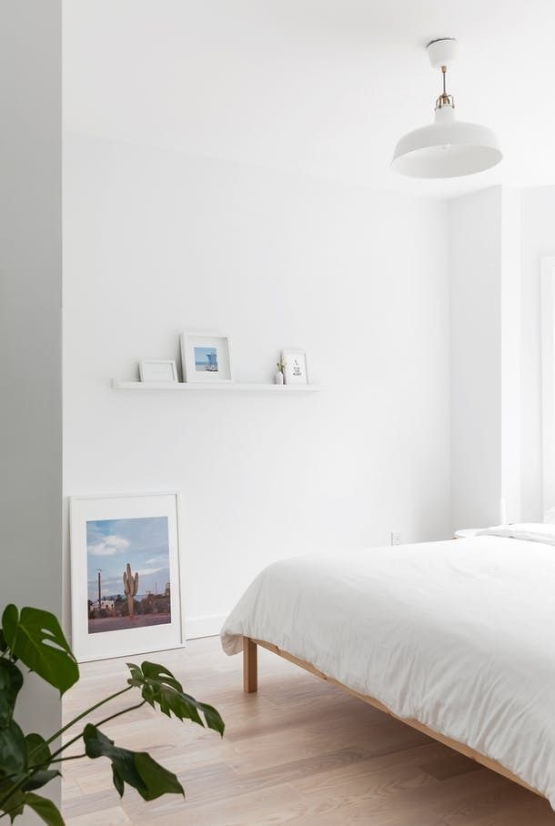 Obstacles to Minimal Living and Decor | Apartment Therapy