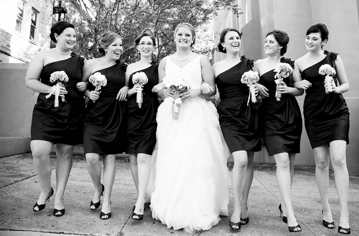 Wedding Day: Getting Ready! | SaltWaterNC Photos by Magnolia Photography! Bridesmaids, black and white