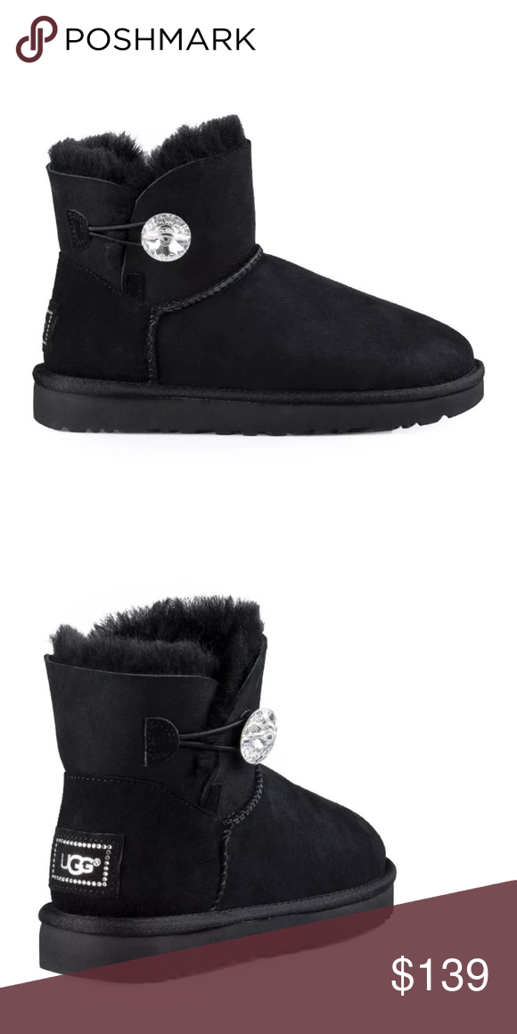 Ugg women s mini Bailey bling winter black boot New in box will fit size 3  or 3.5 big kid girl UGG Shoes Ankle Boots   Booties 39221a309