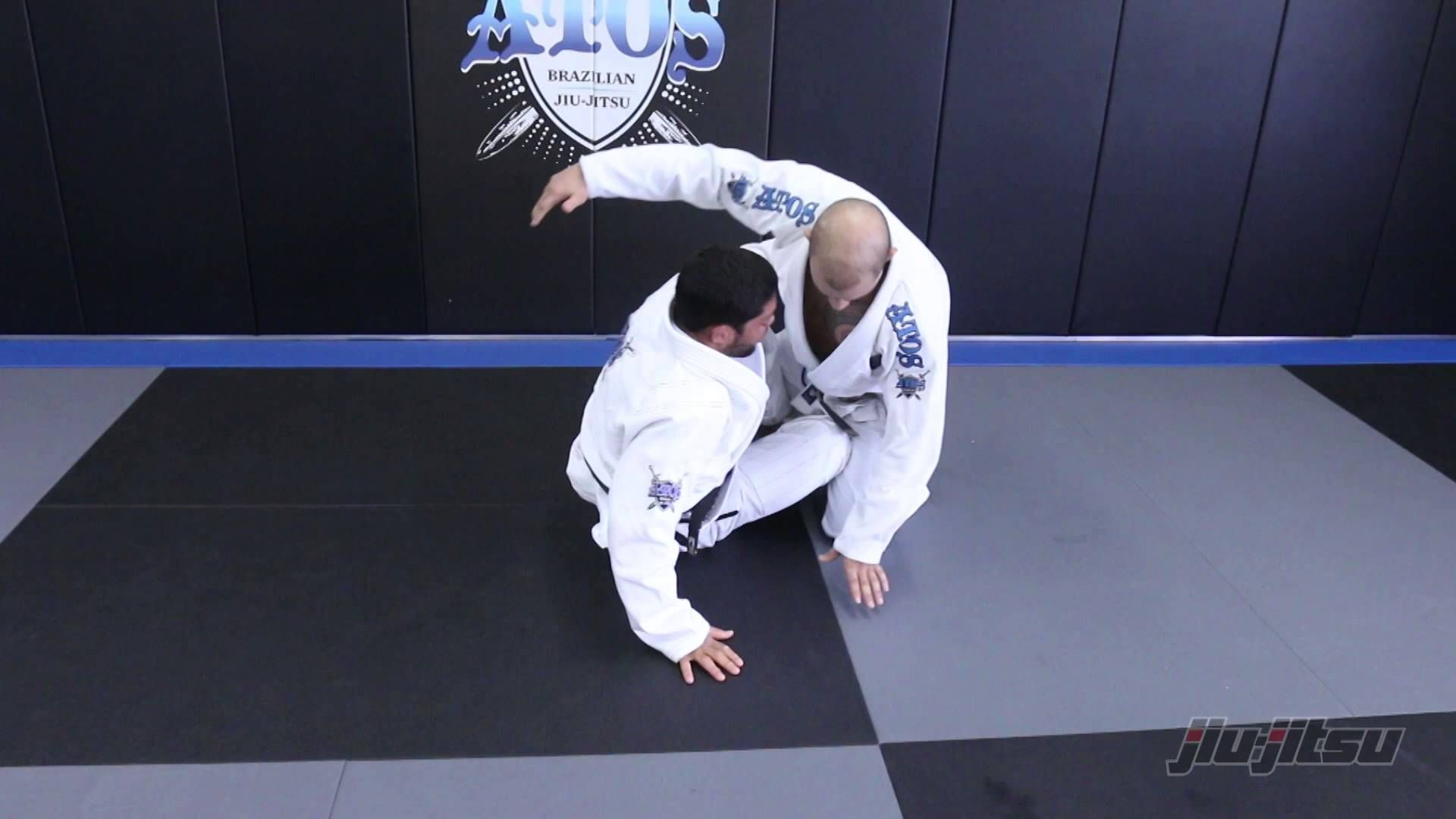 The Most Effective Way To Escape A Triangle Choke By Andre Galvao Youtube In 2020 Andre Galvao Jui Jitsu Martial Arts