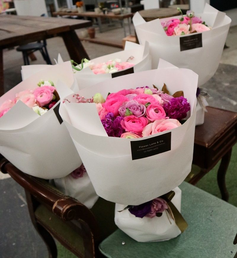 Sydney Luxury Boutique Florist In Alexandria See Our Exquisite Spring Collection Sydneyflowers Sydneyflor Beautiful Terrariums Spring Flowers Floral Studio